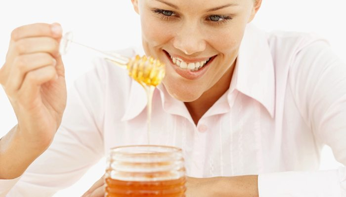 Eating Hone
