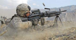បច្ចេកវិទ្យាអាវុធ៖យ៉ាងម៉េចទៅវិញពេលកាំភ្លើងយន្តម៉ាក M249 SAW បាញ់រហូតអស់៧០០គ្រាប់ (មានវីដេអូ)