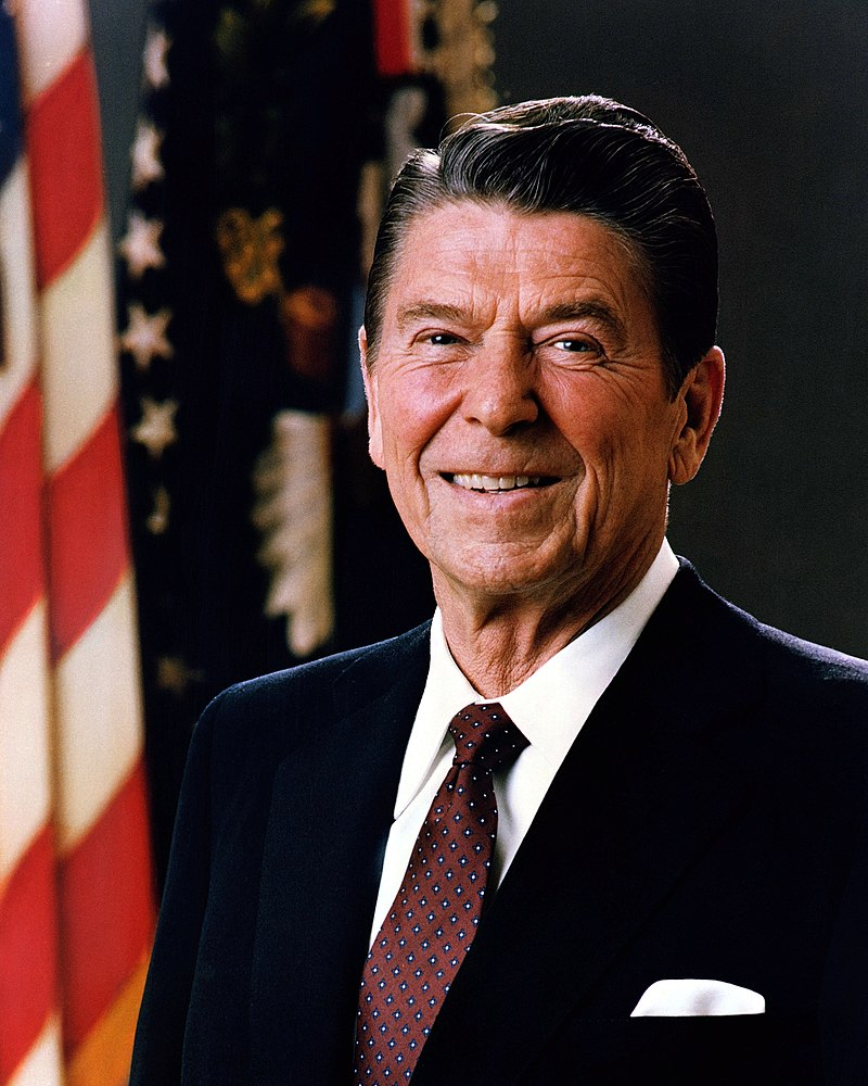 800px Official_Portrait_of_President_Reagan_1981