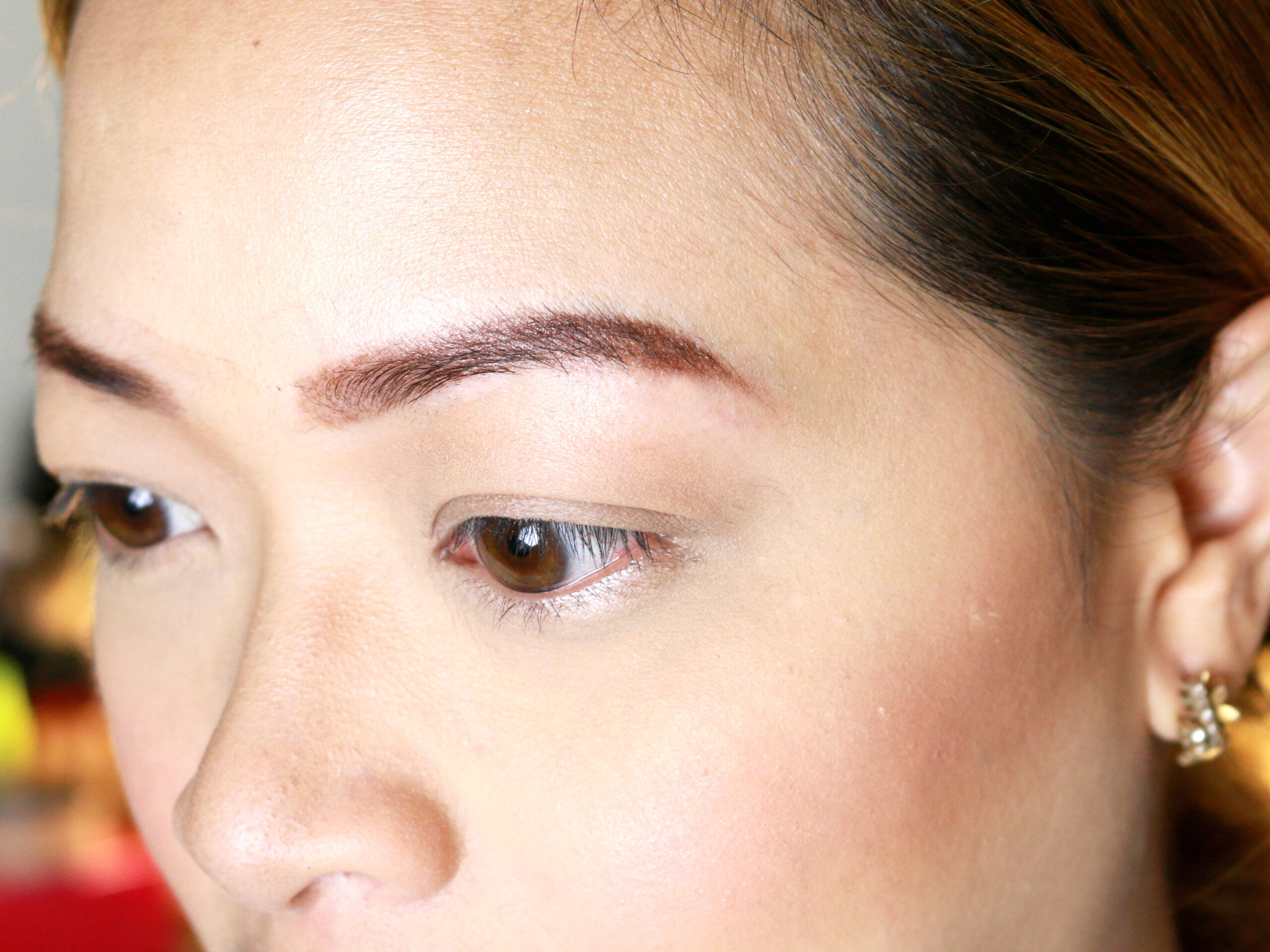 Make Your Eyebrow Hairs Straight Instead Of Curly Final